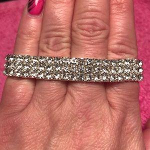 Jewelry - Silver and rhinestone Crystal stretch bracelet